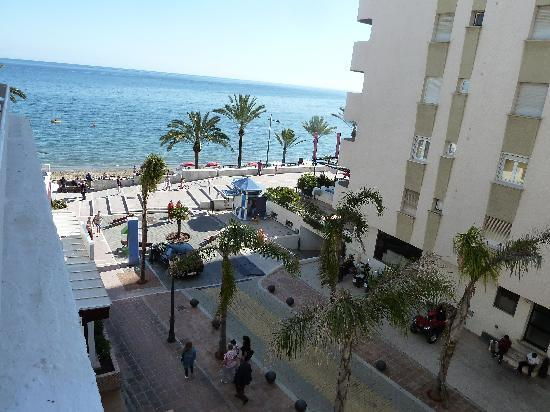 Uitzicht photo de aparthotel puerto azul marbella marbella tripadvisor - Aparthotel puerto azul marbella ...