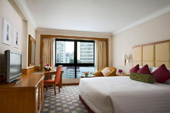 Amari Boulevard Bangkok: Refined decor accents the modern feel of the Deluxe Rooms.