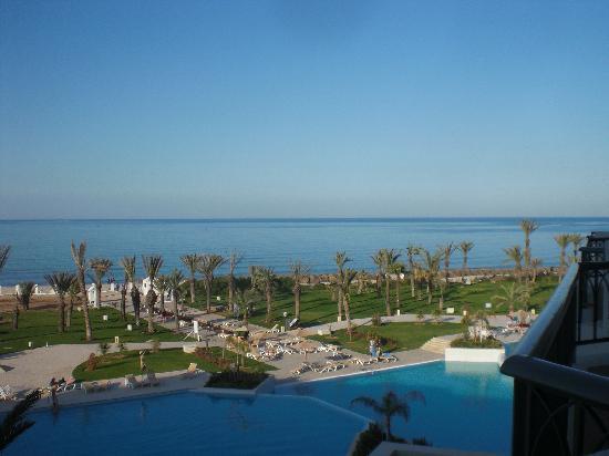 إبيروستار رويال المنصور: uitzicht vanaf balkon