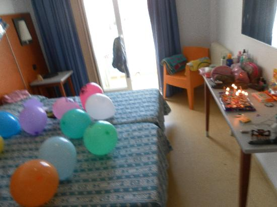 Port Fiesta Park: our room decorated