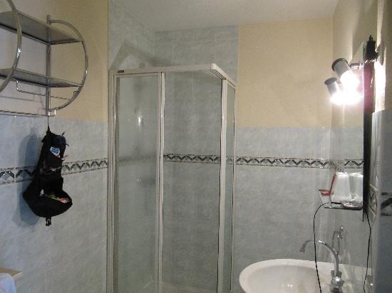 Hotel Le Beauregard: Badezimmer