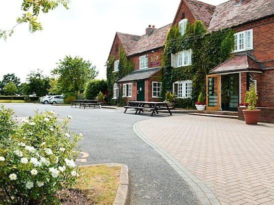 Brook Honiley Court Hotel, Exterior