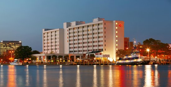 Hilton Wilmington Riverside Hotel