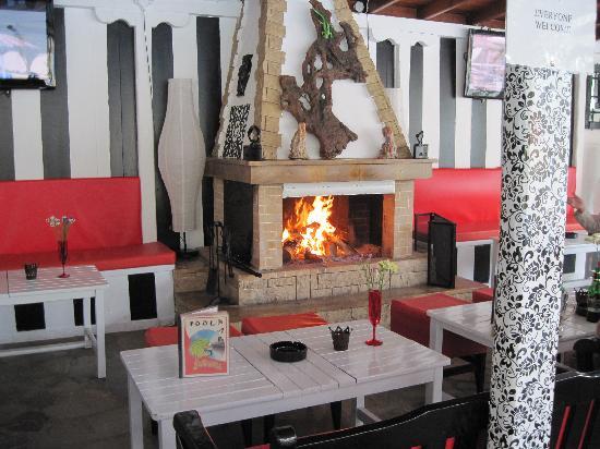 Platanias, Grecia: Bar