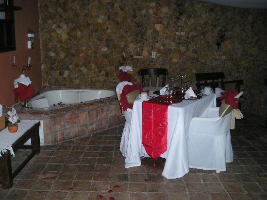 Hotel Boutique Iguaque Campestre: NUESTRA CENA MUY ROMANTICA