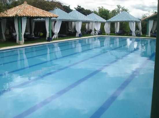 Hotel Boutique Iguaque Campestre: EXCELENTE PISCINA