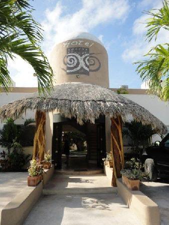 Hotel Posada 06 Tulum: Aussenansicht