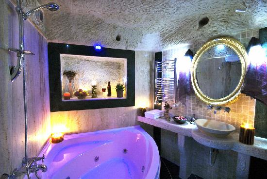 Perimasali Cave Hotel - Cappadocia: Hotel Bath