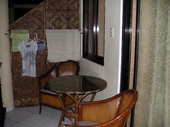 Alona Vida Beach Resort: Balcony
