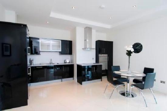 Western Citypoint Apartments: Black Kitchen