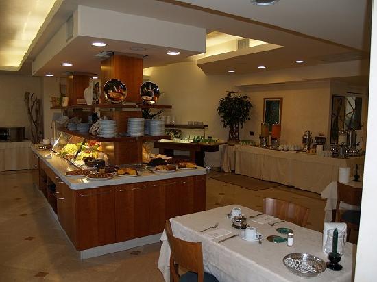 Hotel Giulietta Romeo: Breakfast