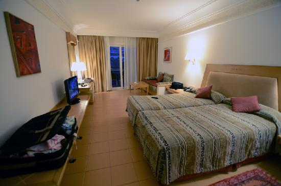 Hotel Timoulay & Spa Agadir: Our large room..
