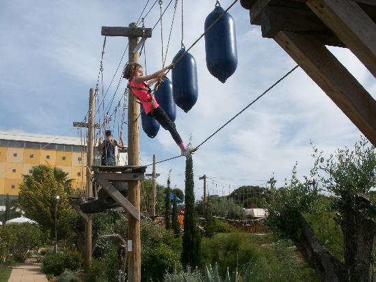 ‪‪Holiday Village Algarve Balaia‬: High ropes course‬