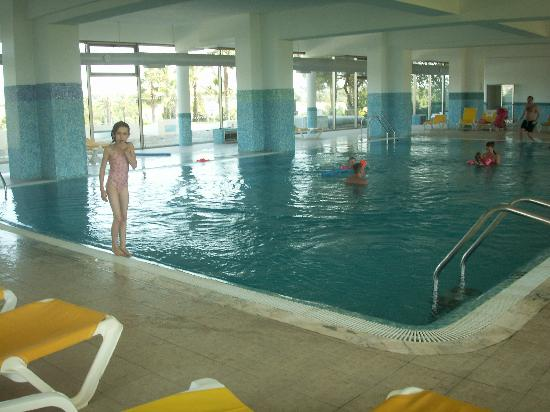 Holiday Village Algarve Balaia: Indoor heated pool