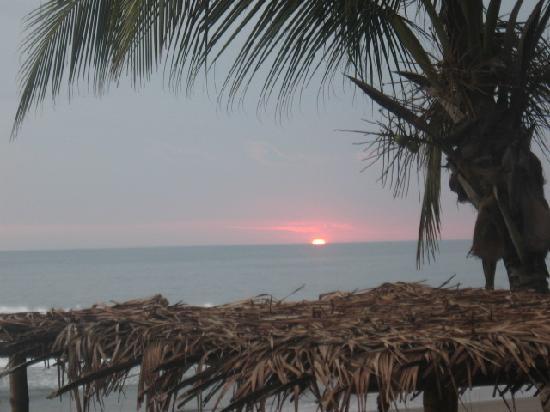 Marea Brava: sunsets from beach