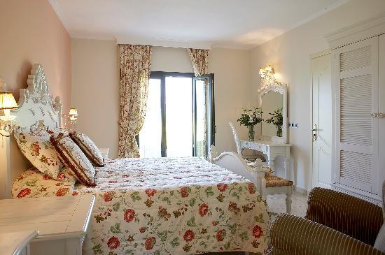 Thalassa Hotel: superior double rooms