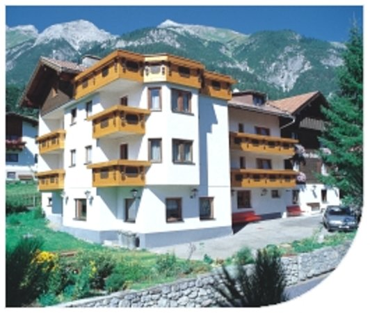Pettneu am Arlberg, Austria: Pension Edelweiss