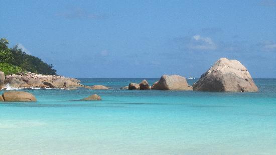 Paradise Sun: Anse LAZIO