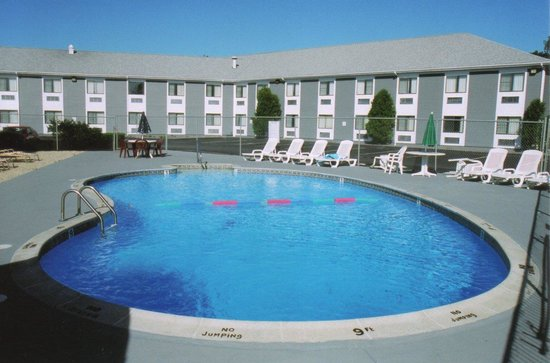 Photo of Ambassador Inn & Suites South Yarmouth