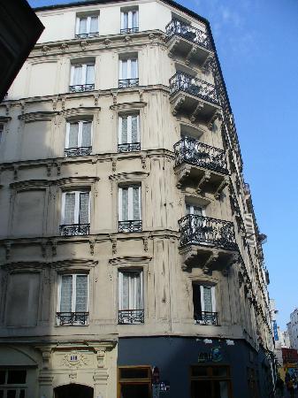Hotel Bonsejour Montmartre: Hotel Exterior
