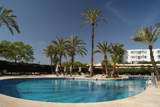 Protur Sa Coma Playa Hotel & Spa: The Pool