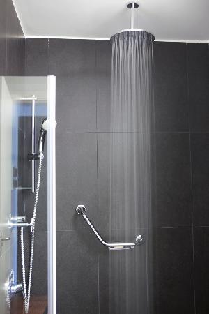 Fierro Hotel Buenos Aires: Shower Pleasure...