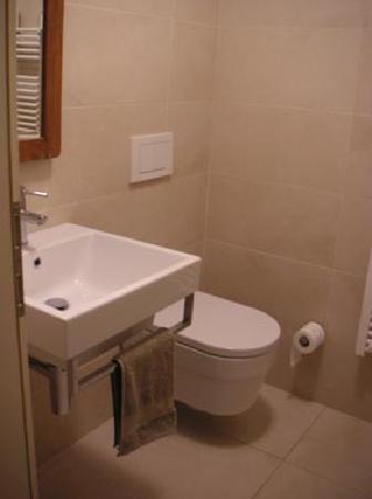 Apartments Zusterna: WC
