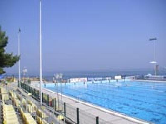 Apartments Zusterna: Public pool