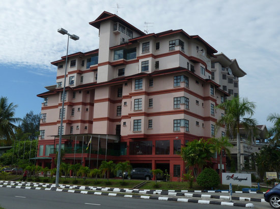 D Anggerek Service Apartment: The Hotel