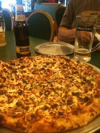 Big Time Pizza: Yum! And Baltika #9