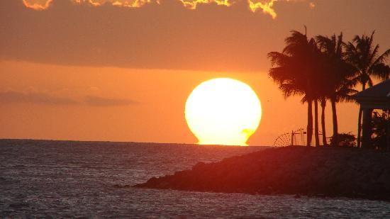 Southernmost Beach Resort: Sunset