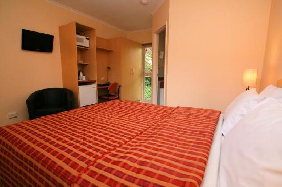 Elphin Villas, Motel & Serviced Apartments: Motel Suite