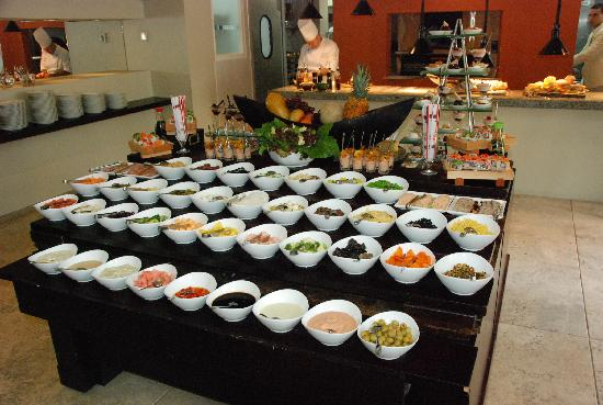 Sofitel Legend Santa Clara: Salad Bar