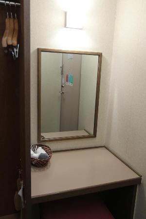 Comfort Hotel Nagano: 化粧台