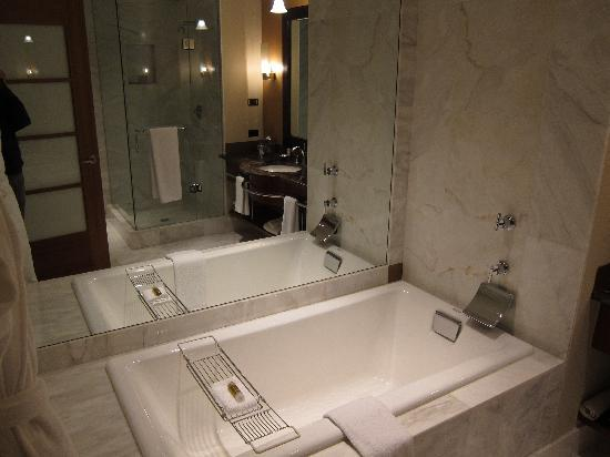 Soaker Tub (good size -- I found it a bit on the small side but I\'m ...