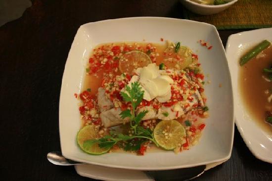 Krua Tah Luang: gedünsteter Fisch