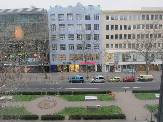 Berliner Hof Hotel: View from our window