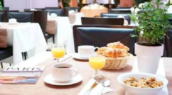 Hotel Lebron: Salle de petit déjeuner