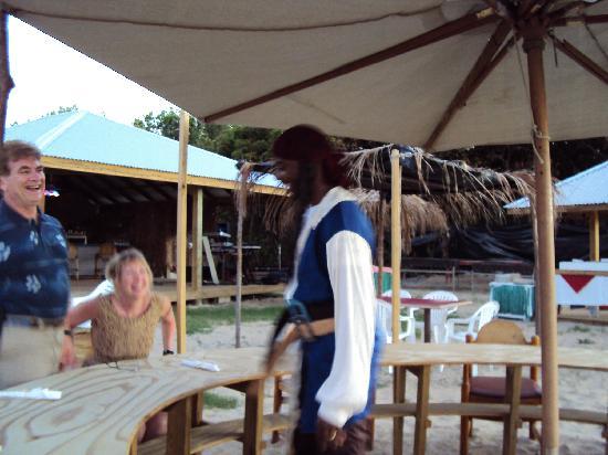Fischer's Cove Beach Hotel: Caribbean BBQ at Fischers Cove