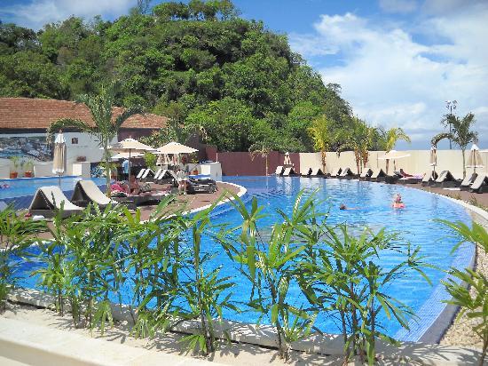 Buccament Bay Resort: The pools