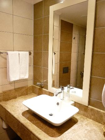 Venosa Beach Resort & Spa: bathroom