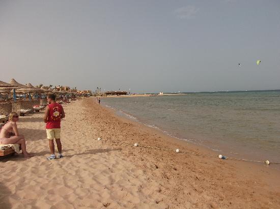 Imperial Shams Abu Soma Resort : Strand Richtung Ost