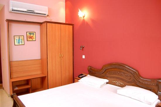 Hotel D R International: Hotel DR International