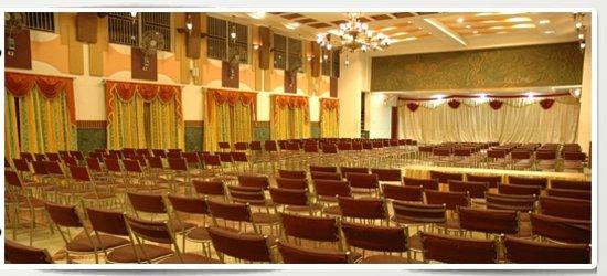 Aura Inn: Mallika Residency
