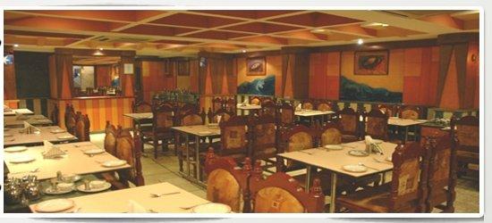 OYO 4439 Aura Inn : Mallika Residency
