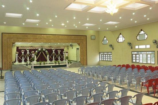 Hosur, Índia: Sivaranjani Hotel