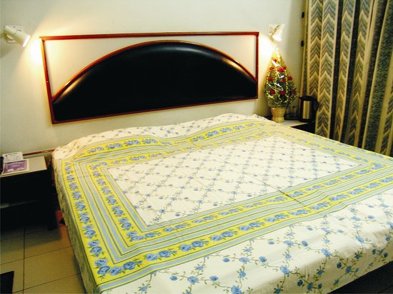 Arun Hotel