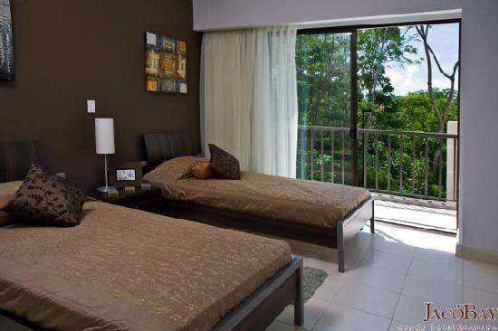 Jaco Bay Resort Condominium: Ramada Jaco Bay - Secondary Room