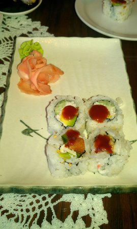 Sapporo & Sushi Restaurant: Roll with fried pork