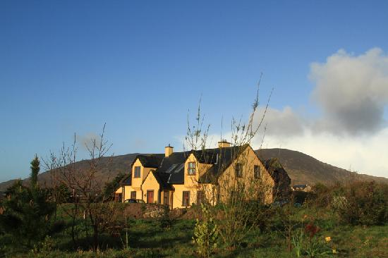 Ballinskelligs, Ireland: seaside B n B